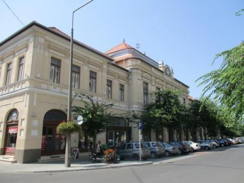 Kihelyezett elnökségi ülés és kiállítás Kalocsán